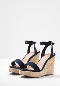 New Look - OTTER - Sandály na vysokém podpatku - navy - 4