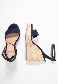 New Look - OTTER - Sandály na vysokém podpatku - navy - 3
