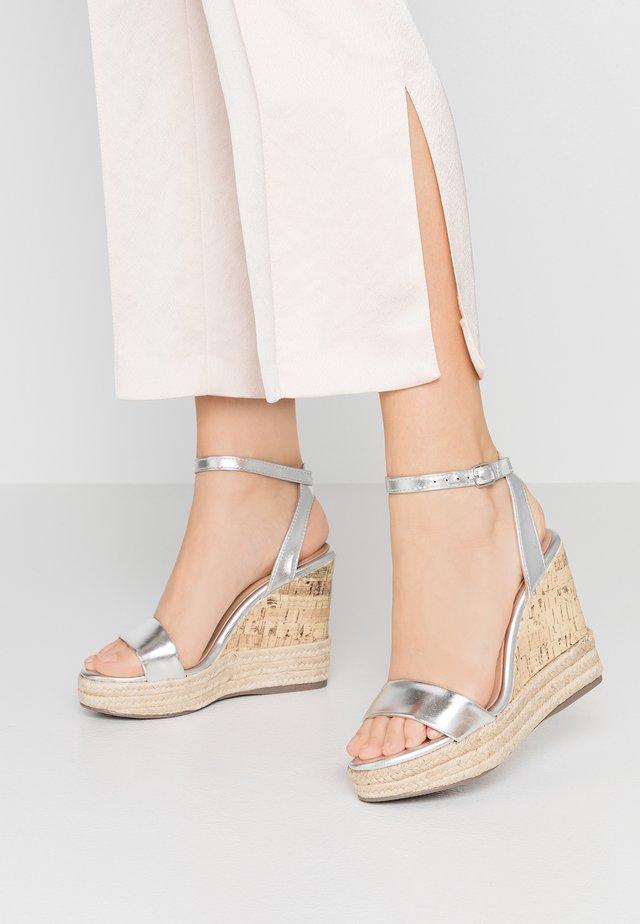 OTTER  - Sandalen met hoge hak - silver