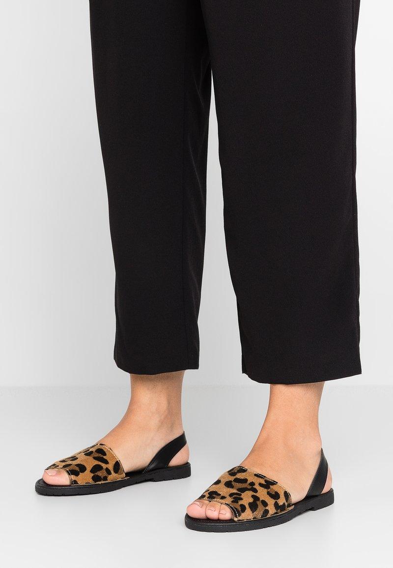 New Look - HYDRANGEA - Sandals - brown