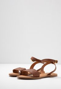 New Look - HOLLY - Sandals - tan - 4