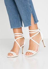 New Look - SIGNED  - Sandales à talons hauts - white - 0