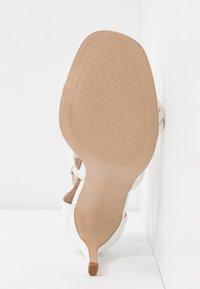 New Look - SIGNED  - Sandales à talons hauts - white - 6