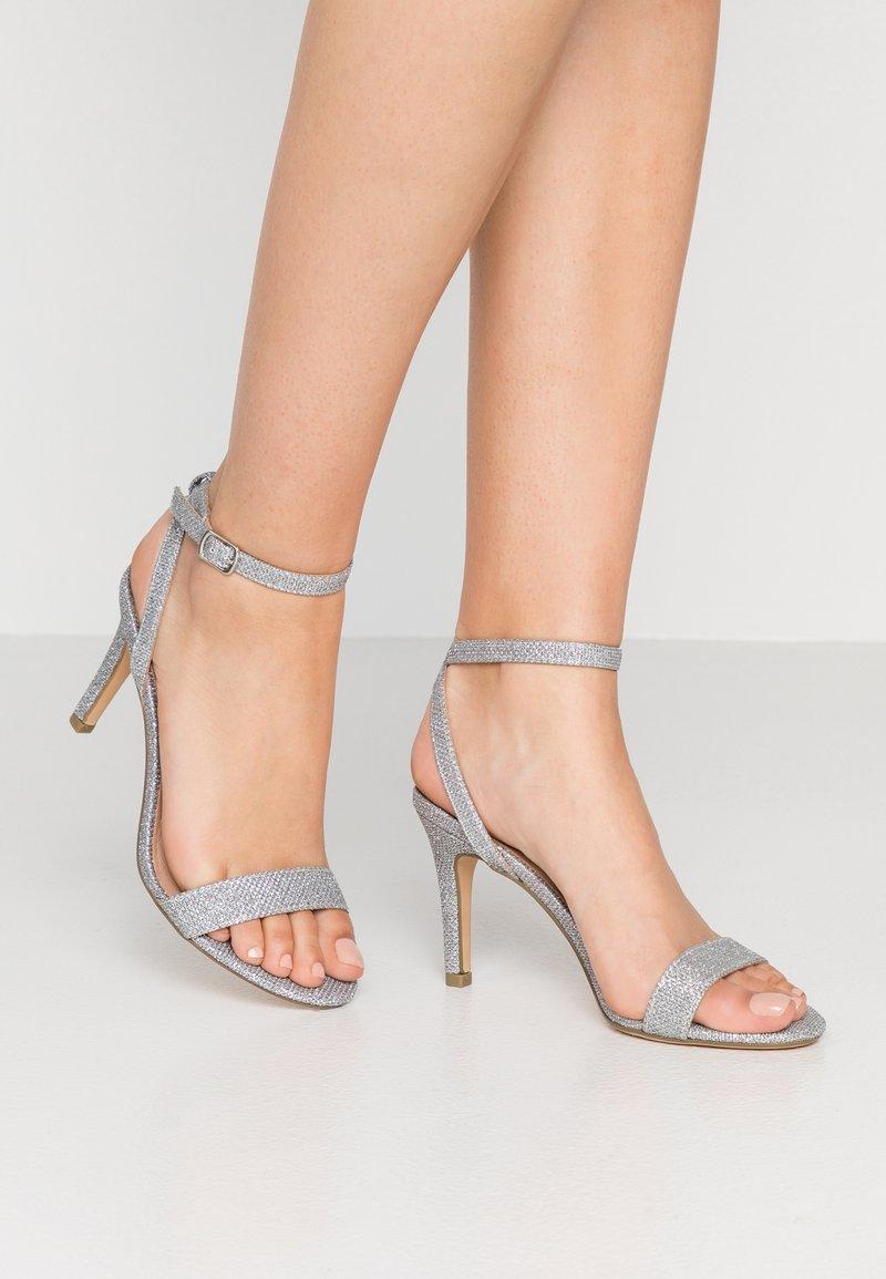 New Look - SCORPION - Højhælede sandaletter / Højhælede sandaler - silver