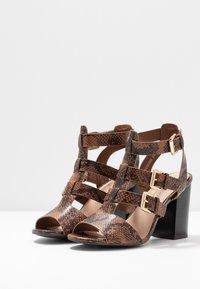 New Look - PENG - Sandály na vysokém podpatku - brown - 4
