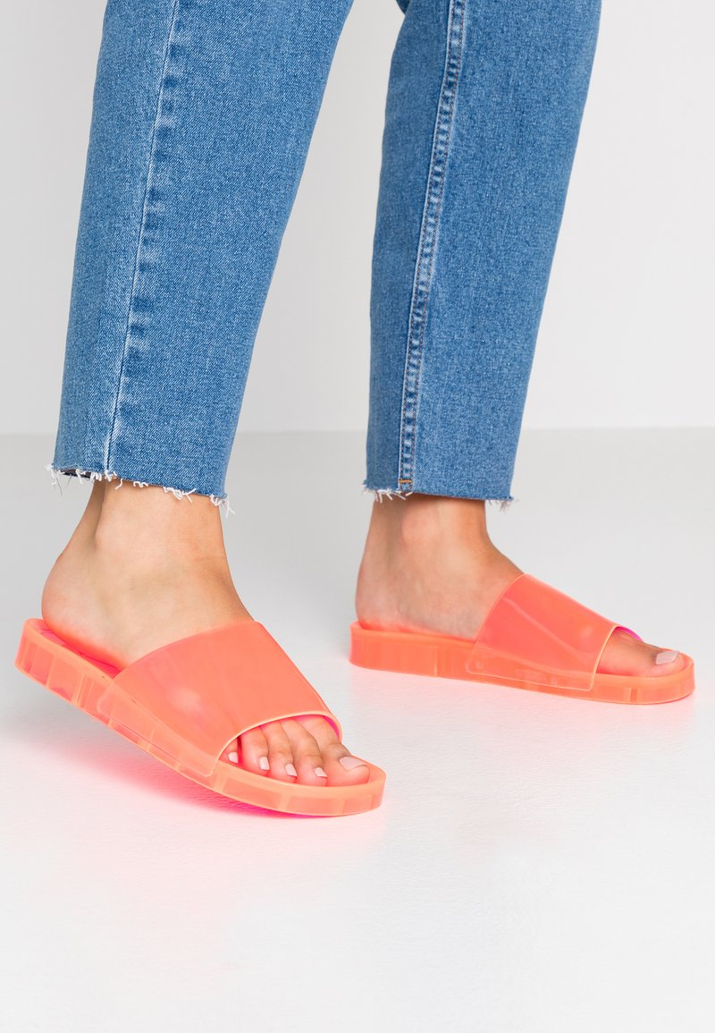 New Look - FLIPPER - Badesandale - coral