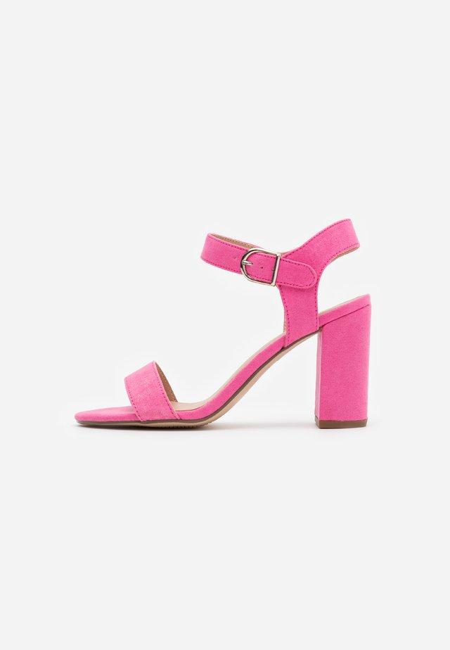 VIMS - Sandały na obcasie - bright pink