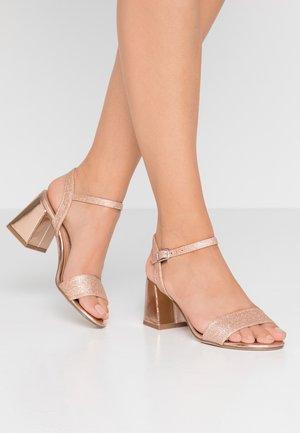 PAN - Sandaler - rose gold