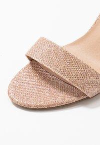 New Look - VIMS - Sandales à talons hauts - rose gold - 2