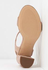 New Look - VIMS - Sandales à talons hauts - rose gold - 6