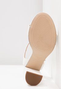 New Look - VIMS - High heeled sandals - white - 6