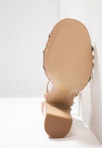 New Look - TWEEST - Korolliset sandaalit - oatmeal - 6