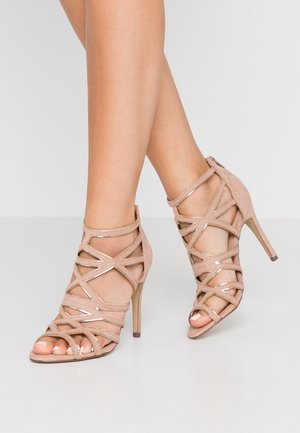 SATURATE - High heeled sandals - oatmeal