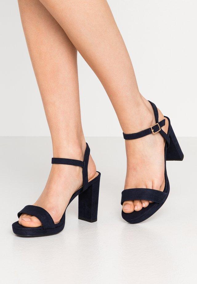 QUEEN - Højhælede sandaletter / Højhælede sandaler - navy