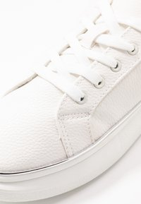 New Look - Sneakers - white - 2