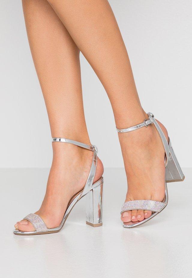 SIB - Sandalen met hoge hak - silver