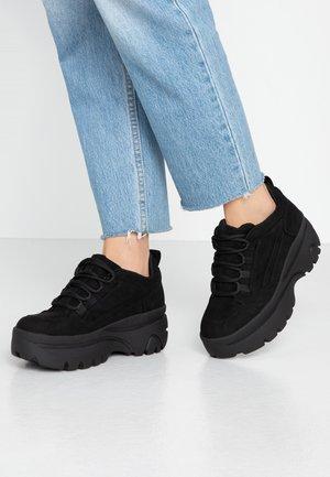 MUNCHY - Sneakersy niskie - black