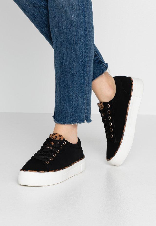 MOMENTUM - Sneakers laag - black