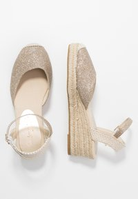 New Look - TOBAGO  - Espadrilles - gold - 3