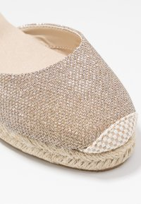 New Look - TOBAGO  - Espadrilles - gold - 2