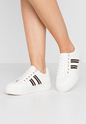 MONOTONE - Sneakersy niskie - white