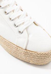New Look - MHOY - Espadrillot - white - 2