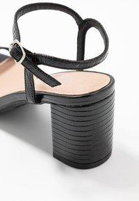 New Look - TIFAR - Sandales - black - 2