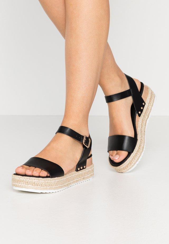 POMPER - Sandalen met plateauzool - black