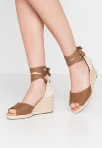 New Look - PALM - Espadrilles - tan - 0