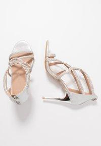 New Look - UDELLA - Sandalias de tacón - silver - 3