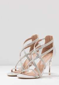 New Look - UDELLA - Sandaler med høye hæler - silver - 4