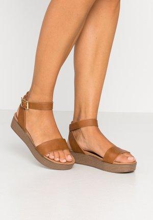 GENIUS - Platform sandals - tan