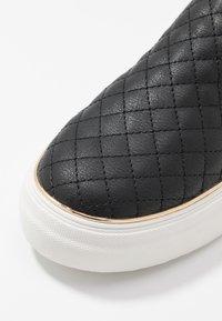 New Look - MILTON - Slip-ons - black - 2
