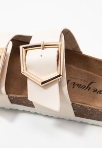 New Look - HALLIE - Slippers - offwhite - 2