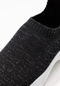 New Look - MOVEIT - Slip-ons - black - 5