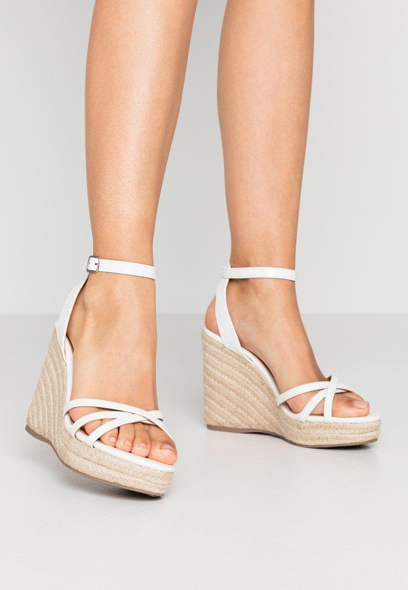 New Look - PEDGER - Sandalen met hoge hak - white