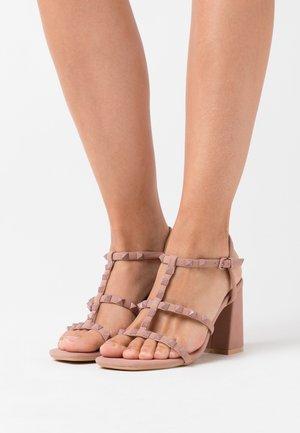 STAFFY - Sandalen met hoge hak - oatmeal