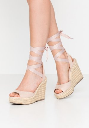 PADY TIE UP WEDGE - Sandalen met hoge hak - oatmeal