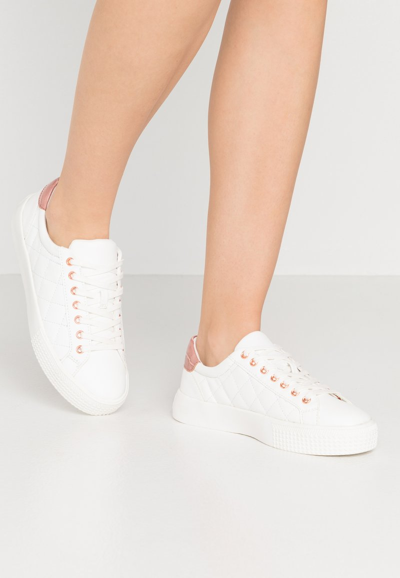 New Look - MILTED QUILTED LACE UP - Trainers - white