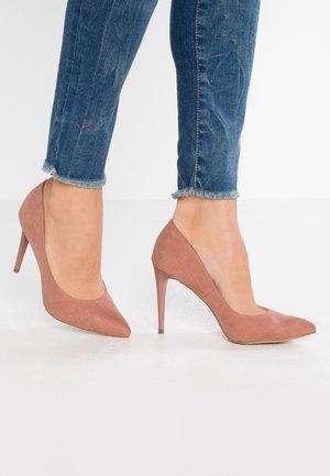 YUMMY - Lodičky na vysokém podpatku - dark pink