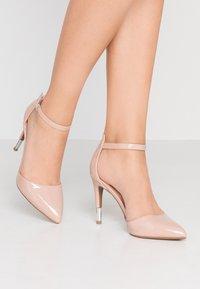 New Look - SERENITY - Zapatos altos - oatmeal - 0