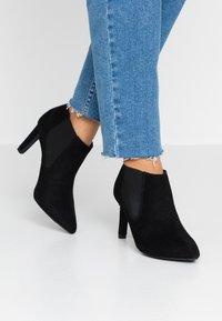 New Look - VELSEA - Kotníková obuv - black - 0
