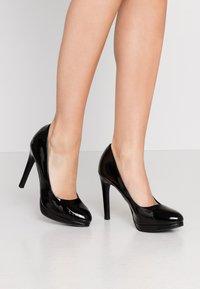 New Look - REIGN - Escarpins à talons hauts - black - 0