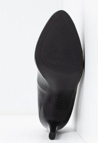 New Look - REIGN - Escarpins à talons hauts - black - 6