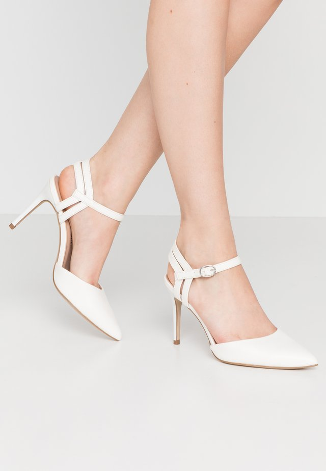 TIA - Zapatos altos - white