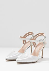New Look - SPECTACLE - High heels - silver - 4
