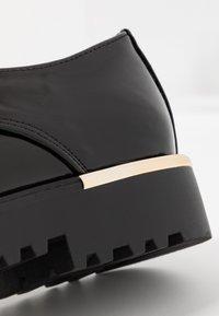 New Look - JEEPERS - Derbies - black - 2