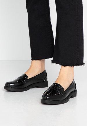KALUM - Nazouvací boty - black