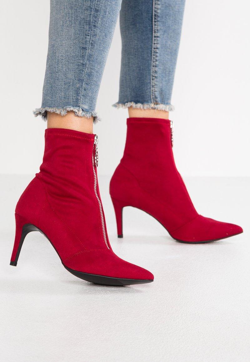 New Look - CIRCLE - Botines - bright red