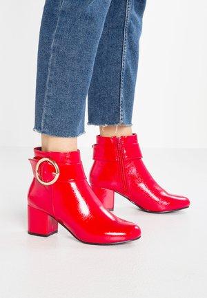 COOPER - Stiefelette - bright red